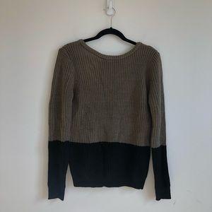 TOBI V Back Sweater